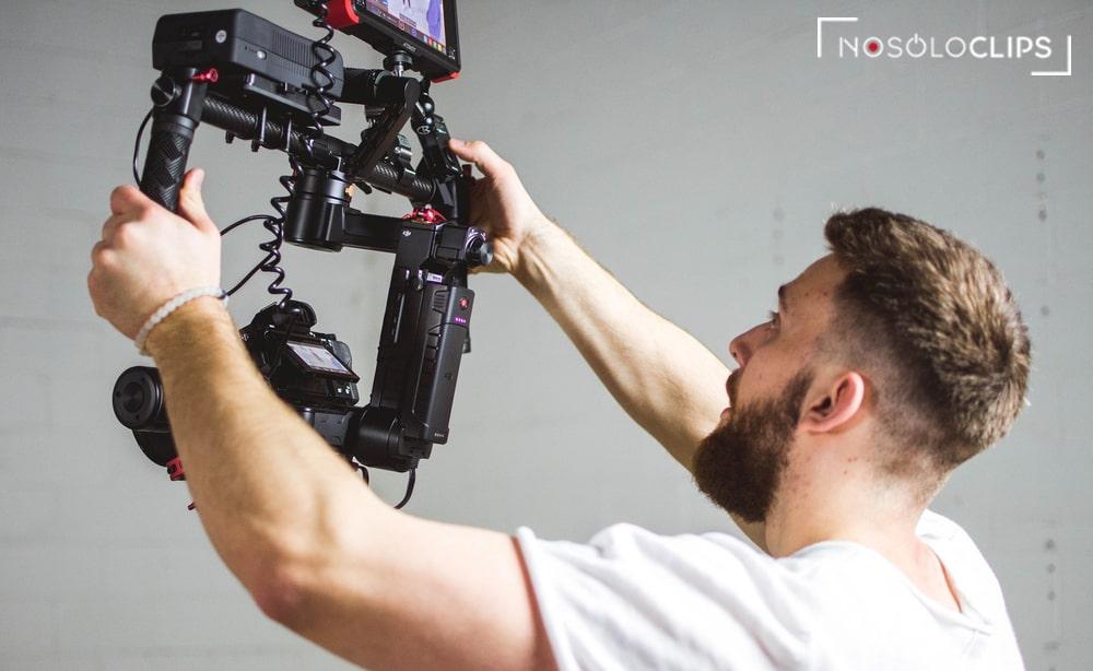 ¿Por qué necesitas un vídeo corporativo profesional? 4 buenas razones
